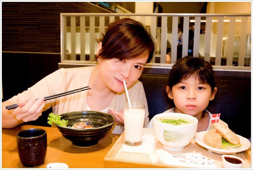 我以蝴蝶最愛的日本料理迎接她回家